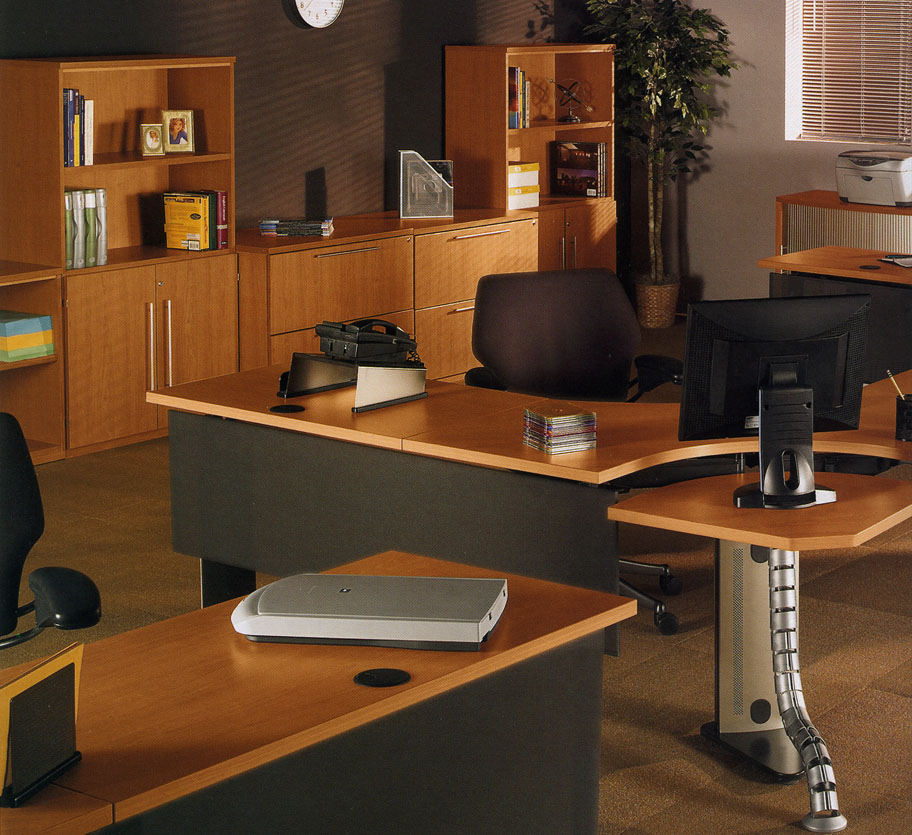 Rohr Contract Office | Bush Furniture | Hazz Design